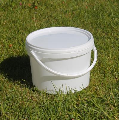 Pack of Five White Plastic Buckets with Lid and Handles 3L
