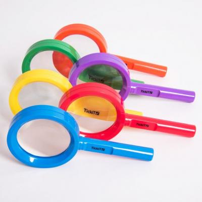 Pack of 6 Rainbow Magnifying Glasses