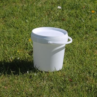 Pack of 5 White Plastic Buckets with Lid and Handles 1 Litre